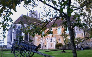 sainte-gauburge-priory