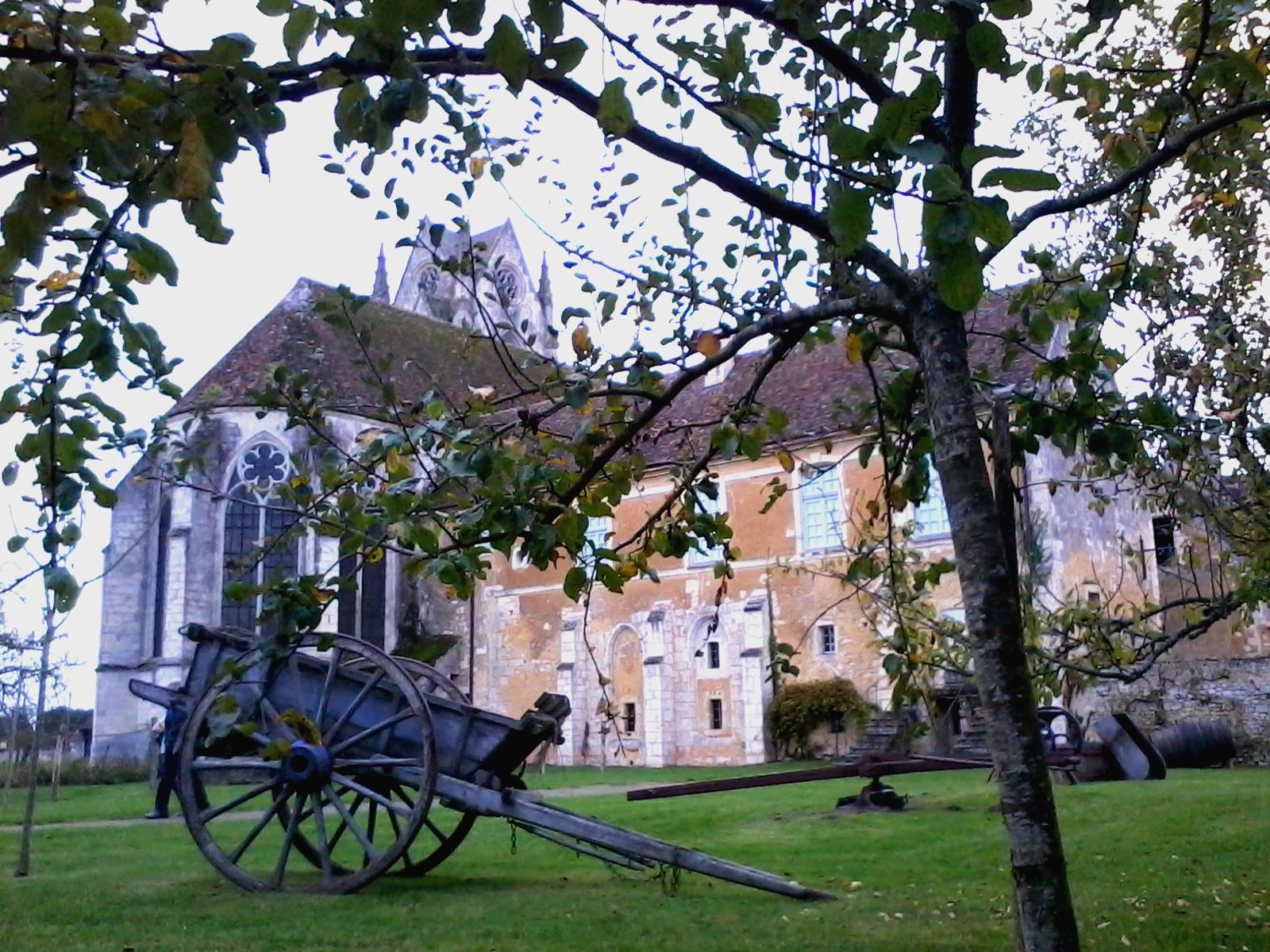 Sainte-Gauburge Priory