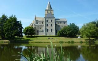 cerisy-la-foret-abbey