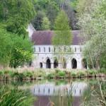 Abbaye de Fontaine Guérard Crédit Abbayes Normandes